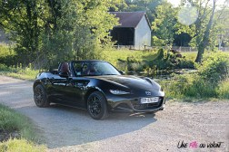 Photos Mazda MX-5 Eunos Edition 2020 cabriolet