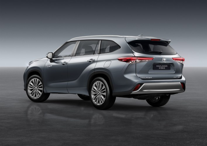 Photos Toyota Highlander Hybride 2020 face arriere