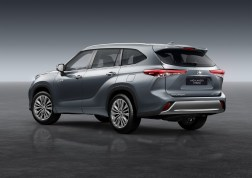 Photos Toyota Highlander Hybride 2020 face arrire