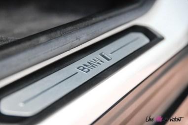 Photo seuil de porte BMW iX3 2020