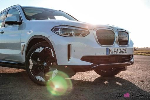 Photo face avant et calandre BMW iX3 2020