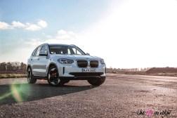 Photo statique SUV BMW iX3 électrique 2020