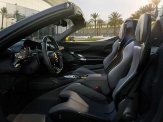 Photo intérieur Ferrari SF90 Spider 2020