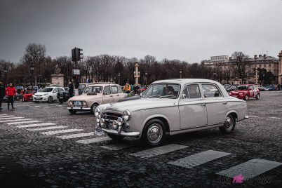 Photo Traversée de Paris hivernale 2021 Peugeot 403