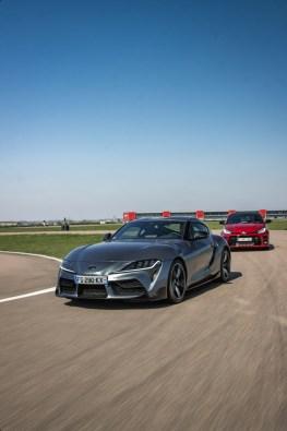 Photo comparatif statique Toyota GR Yaris et Toyota GR Supra 2021
