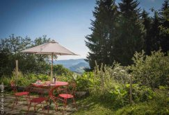 Petit déjeuner aux Chambres d'hôtes La Petite Finlande à Orbey - Crédit Photo Céline Schnell Une Fille En Alsace
