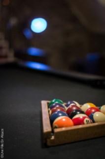 Billard - Salle de jeux Hôtel Val Vignes à Saint-Hippolyte - Photo Céline Schnell Une Fille En Alsace
