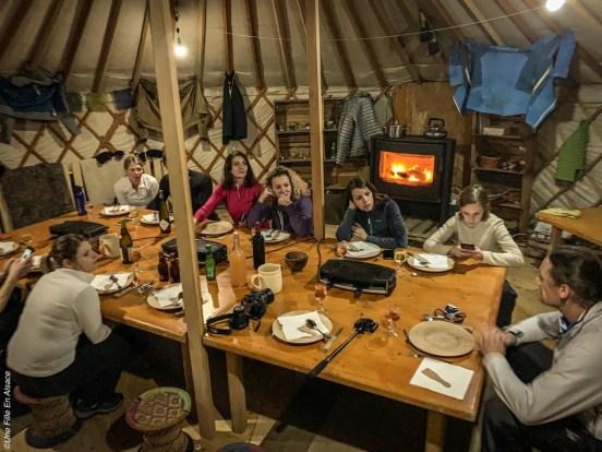 Sortie raquettes et raclette Maorn et la Yourte un autre monde - Crédit photo Céline Schnell Une Fille En Alsace