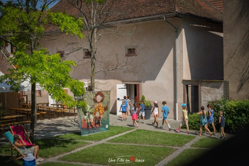 ateliers-enfants-de-la-seigneurie-andlau-Celine-Schnell-Une-Fille-En-Alsace-2021
