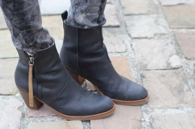 Pistol boots Acne