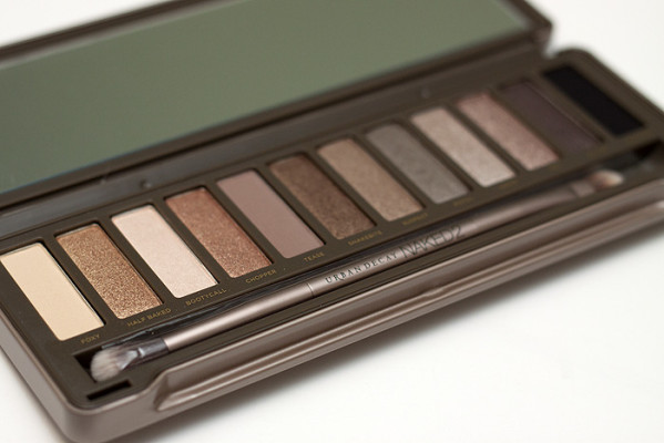 Urban-Decay-Naked-2-Palette_10