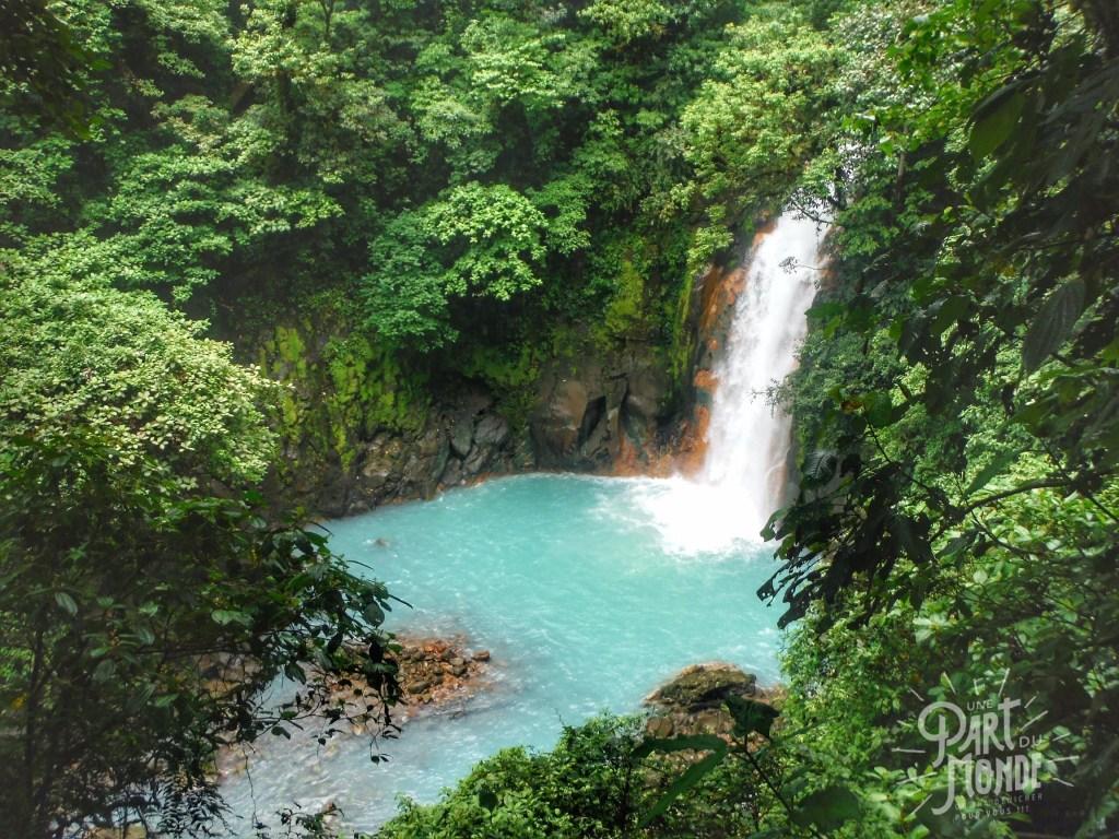 parc volcan tenorio cascade