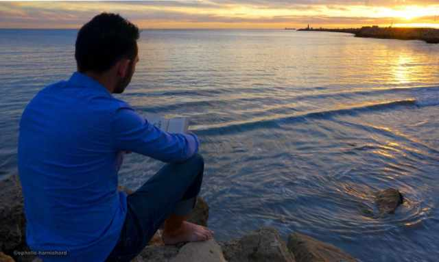 Backpacking-in-Perth-Australia-Fremantle-portrait-sunset