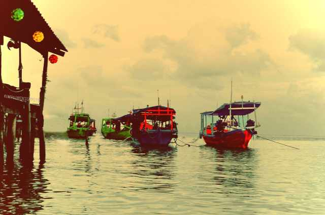 Photography_trip_ideas_Koh_Rong_boats