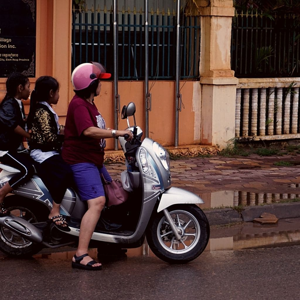 Things to do Siem Reap - local life in the streets