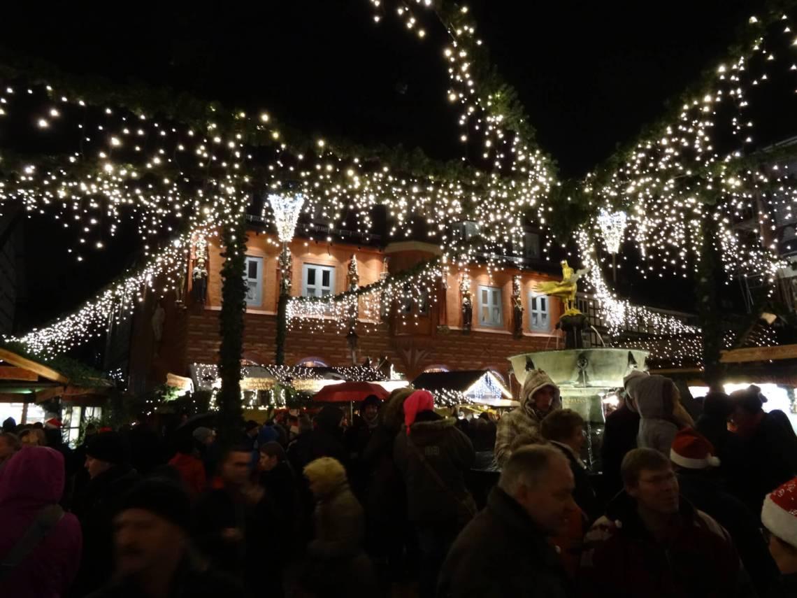 Lichtjes op Weihnachtsmarkt Goslar