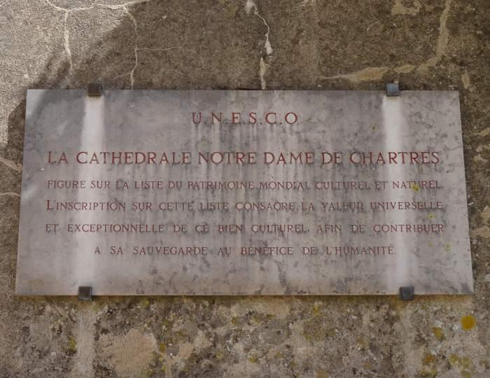 Unesco plaquette bij kathedraal van Chartres