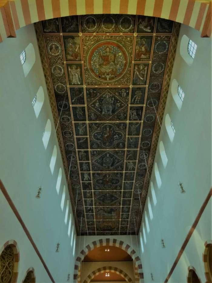 De stamboom van Jezus weergegeven op St. Michaëlskerk Hildesheim