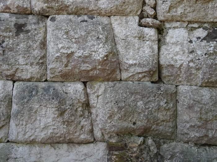 Op maat gesneden stenen in cyclopisch muur Butrint