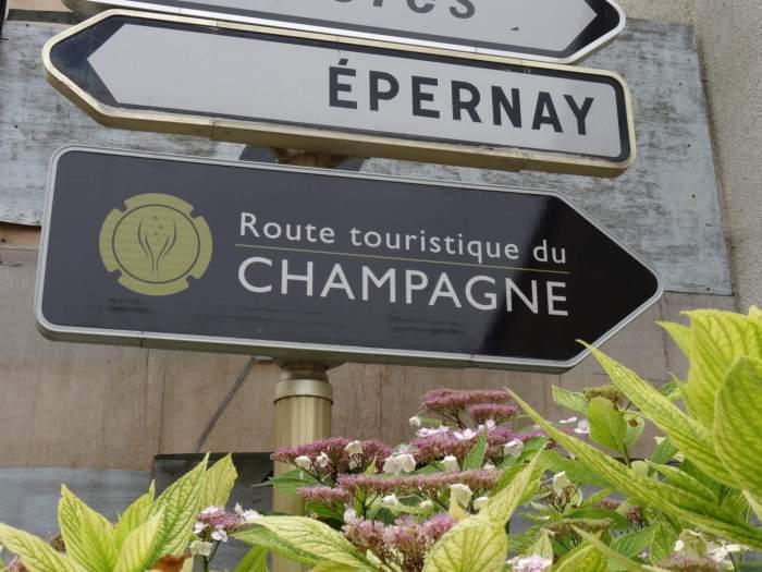 Wegwijzers in champagnestreek