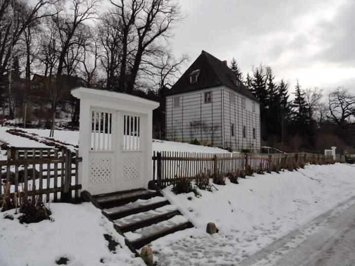 Goethes tuinhuis in de sneeuw van Weimar