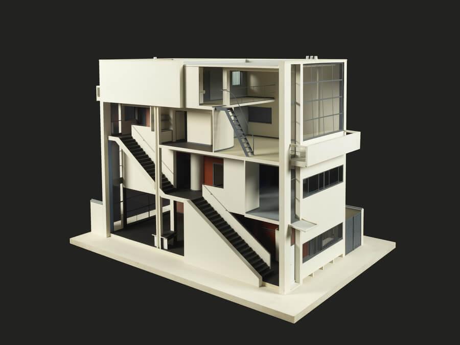 Doorsnede stadsvilla met trap en diverse kamers