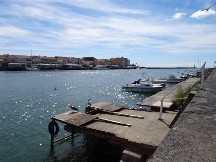 Haven van Sète met provisorische aanlegsteiger