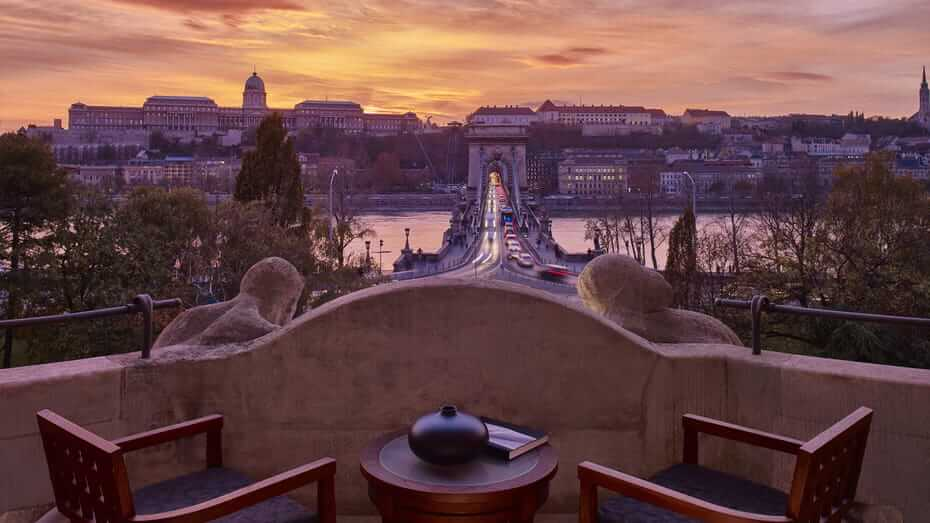What the fuck?! F1-weekend Boedapest begint met valse start in luxe Four Seasons hotel