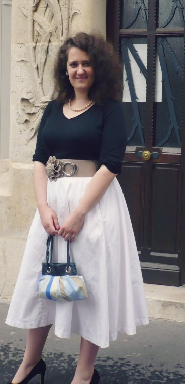 dress Grace Kelly look vintage Rear window dress black and white jupe blanche et haut noir