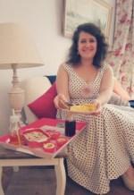 robe vintage rétro à pois tutoriel vogue 2903