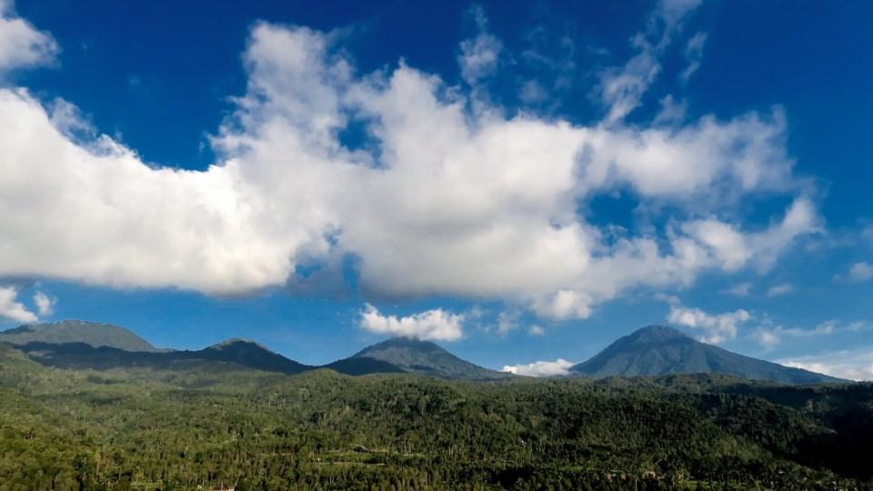 La nature autour de Munduk n'est que montagnes et forêts