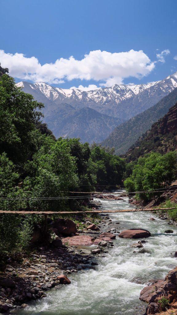 Rivière dans la vallée de l'Ourika au Maroc