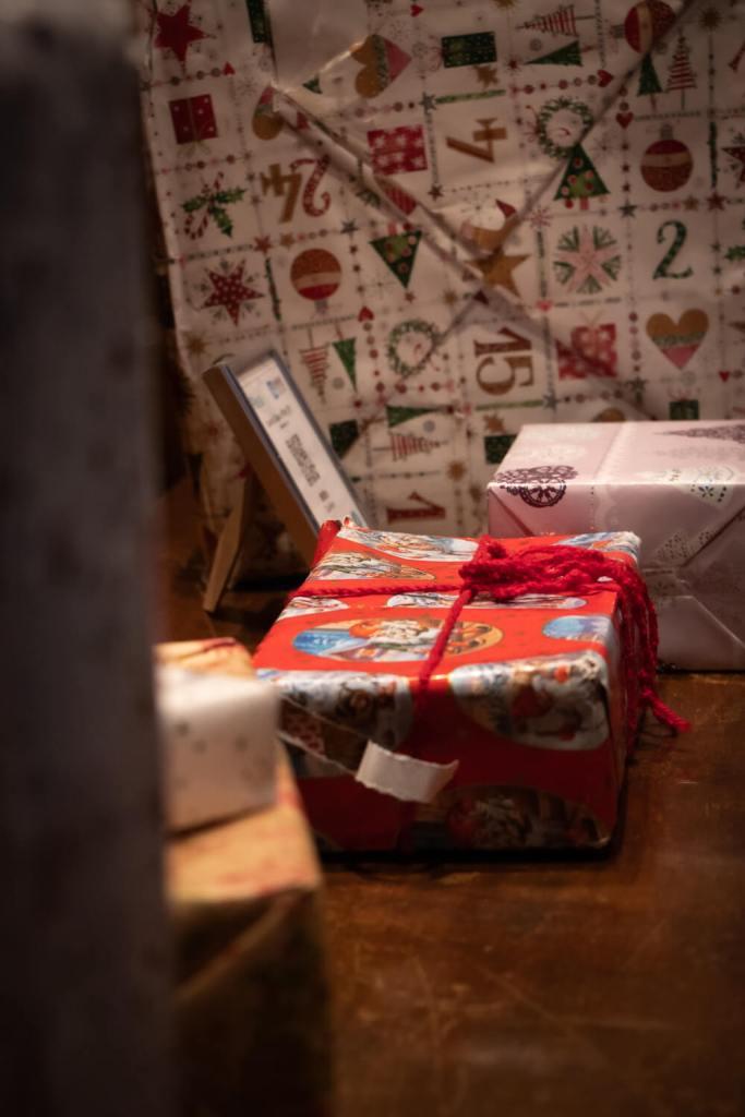 Paquets cadeaux dans la maison du Père Noël, Rovaniemi (Laponie)