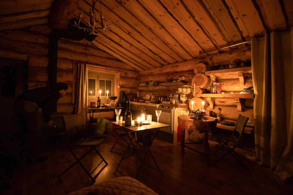 Intérieur de la cabane dans les bois