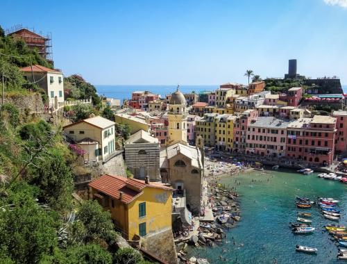 Village de Vernazza, Cinque Terre, vu du sentier