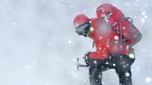 Spindrift winter mountaineering course
