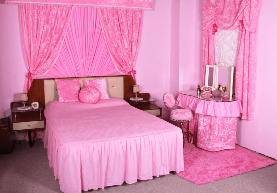 1950s bedroom
