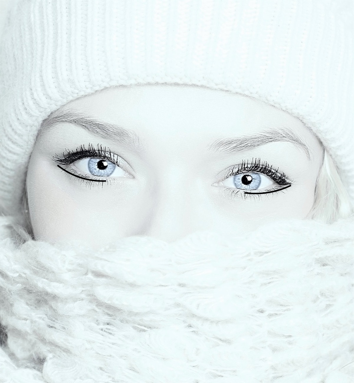 Eyeliner trick to make eyes appear bigger