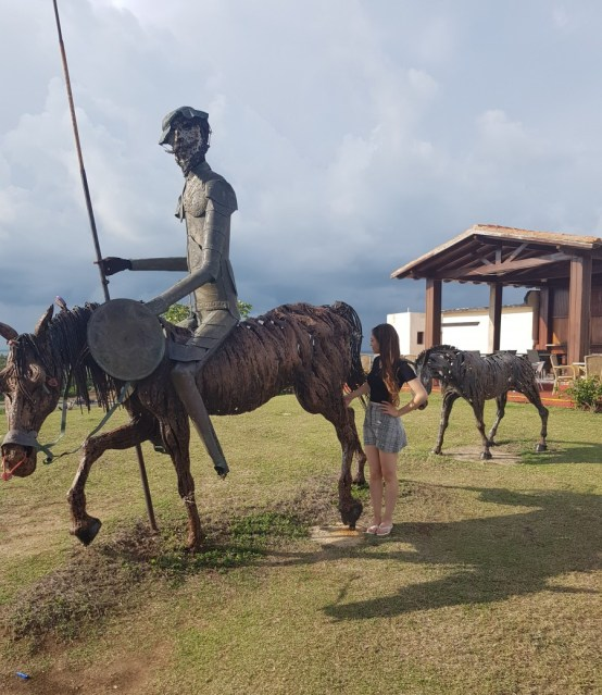 Don Quijote statue, one of the most unusual and fun things to do in Varadero