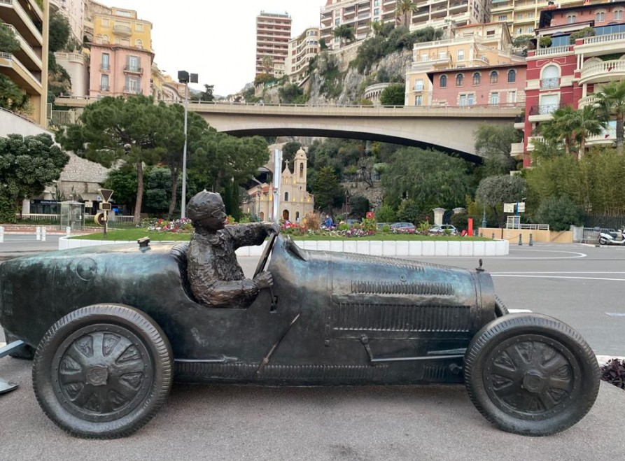 Racing car statue in Monaco