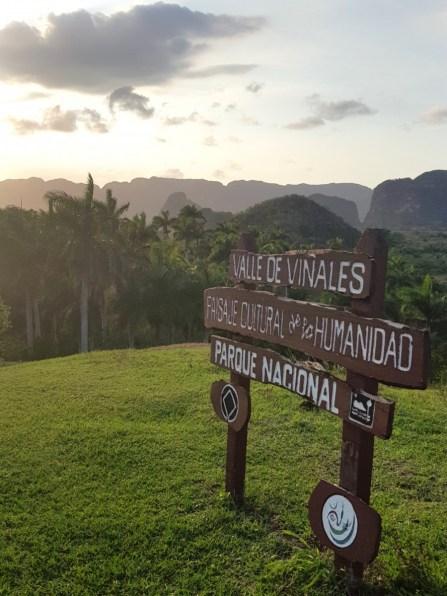 Valle de Vinales sign