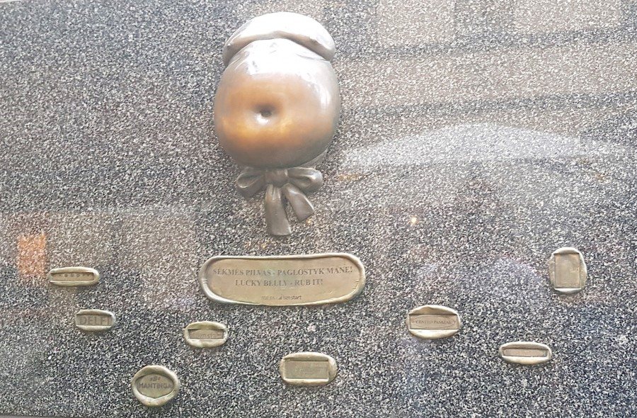 Quirky lucky belly monument