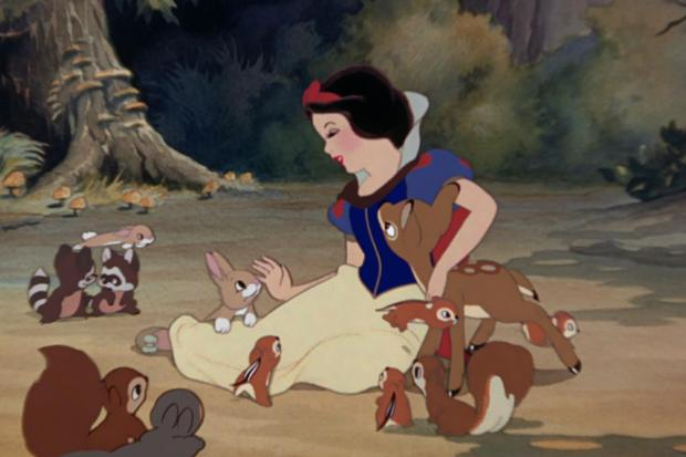 snow-white-and-the-seven-dwarfs-disney-facebook-12082015-1276x850