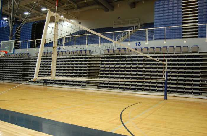 Women's volleyball kills way to home opening win