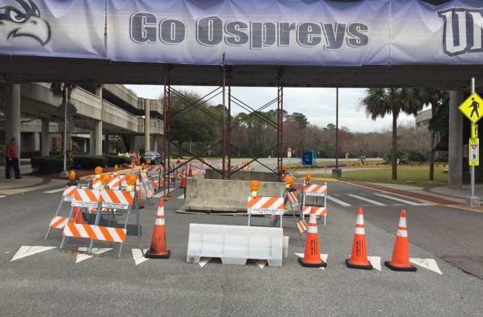 Lane closure under walkway. Photo by Mark Judson