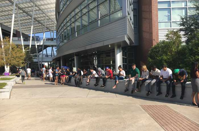 Students line up outside the Student Union to get tickets to see Obama. Photo by Joslyn Simmons
