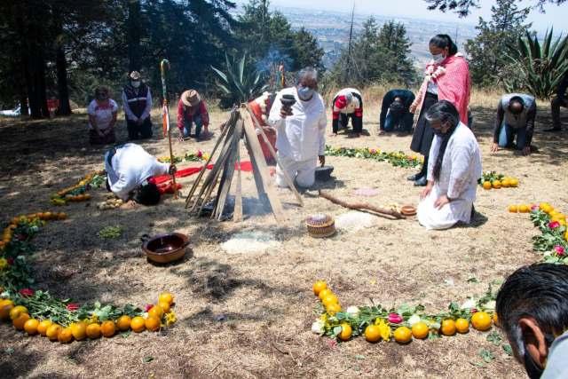 Toluca realizó con éxito la Ceremonia del Fuego Nuevo