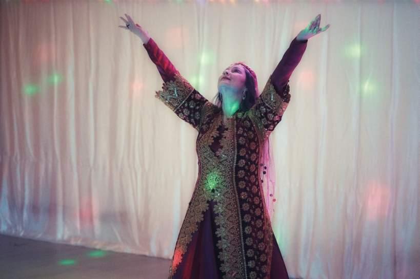 Tänzerin Ophelia in einer Tanzpose