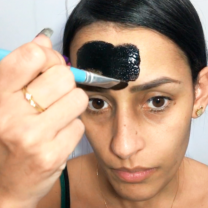 Máscara Preta para Remover Cravos, máscara preta, máscara para remover cravos, removendo cravos, black mask, xilizilm, máscara para cravos, remover cravos, máscara