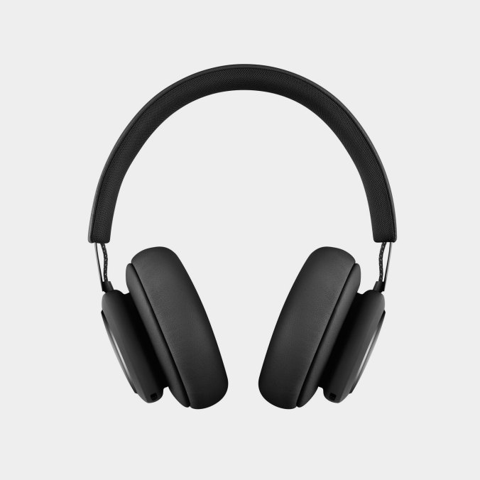 Beoplay-H4-MKII-Bluetooth-Kopfhoerer-Black-Front